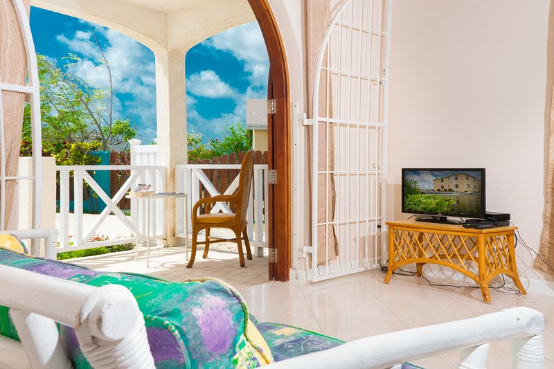 Sunset Point, holiday rental in Saint Lucy Parish