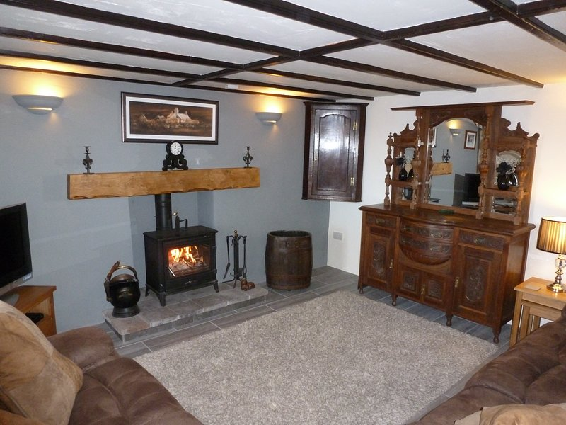 Treneved Lodge, vacation rental in Trefin