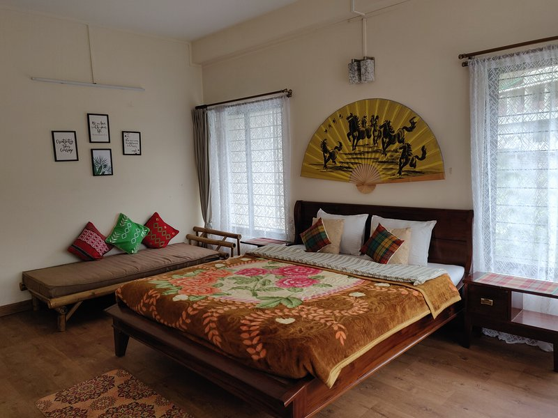 Orchid Room in Sha Ri Loum, holiday rental in Meghalaya