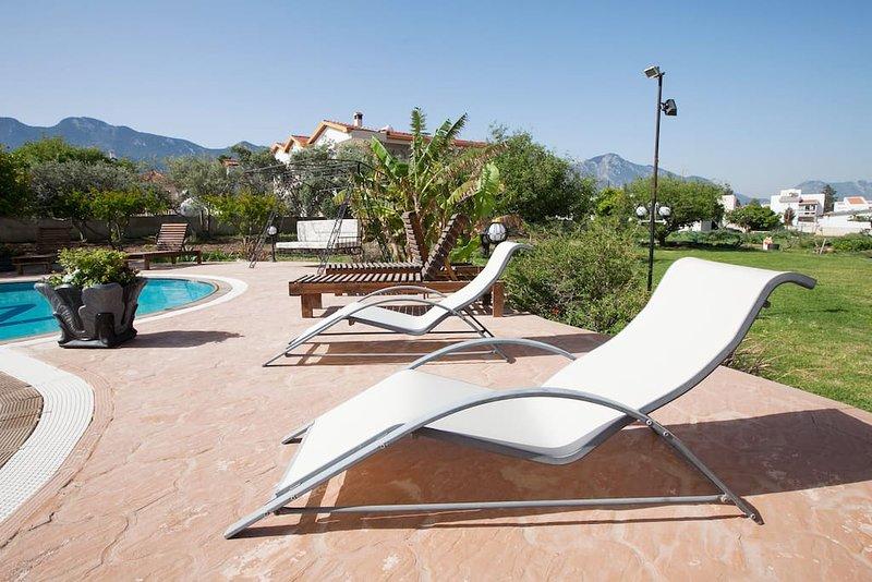 Meryems Hotel (Second Floor Suite 3), vacation rental in Catalkoy