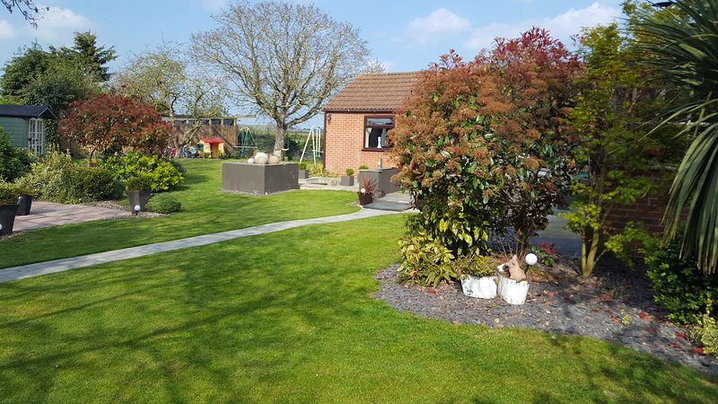 THE WHITE DOVE BED AND BREAKFAST NEWARK ON TRENT/NEWARK SHOWGROUND/NOTTINGHAM, location de vacances à Caunton