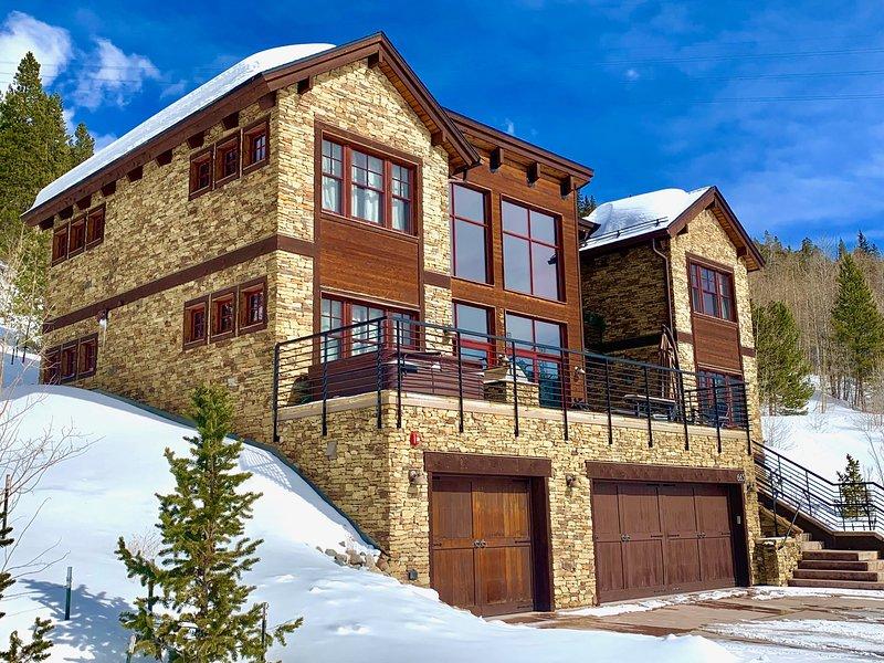 Bella montagna moderna casa ad ovest con vista panoramica di tutto il resort Breckenridge e la maggior parte delle 10 miglia gamma da quasi ogni stanza