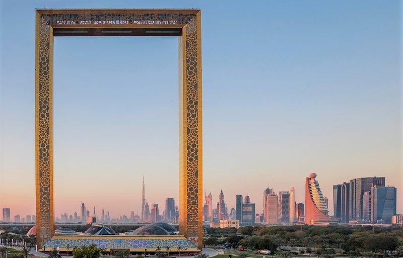 Apartment Near BurJuman Mall, Metro & Dubai Frame, alquiler de vacaciones en Ajman
