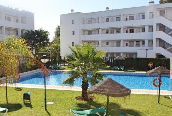 Apartamento en Urbanizacion Miraflores Mijas Costa con WiFi y Aire acondicionado, holiday rental in La Cala de Mijas