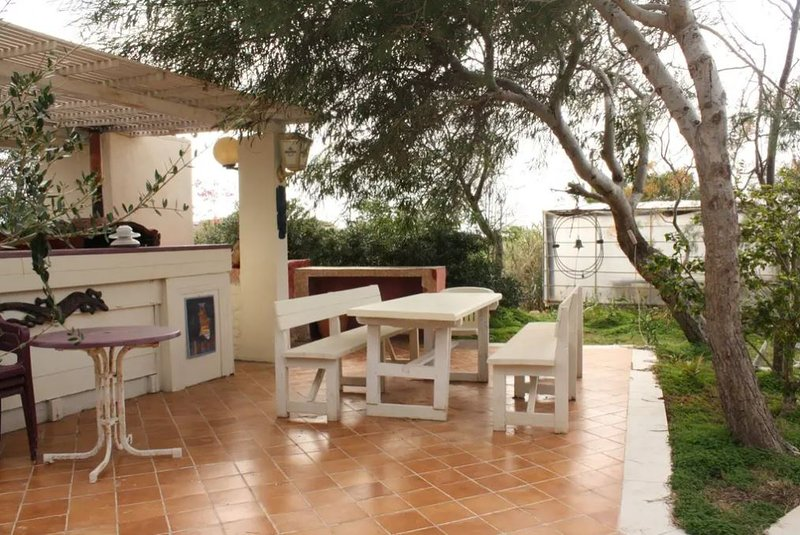 Beautiful house with sea view, holiday rental in Grecale