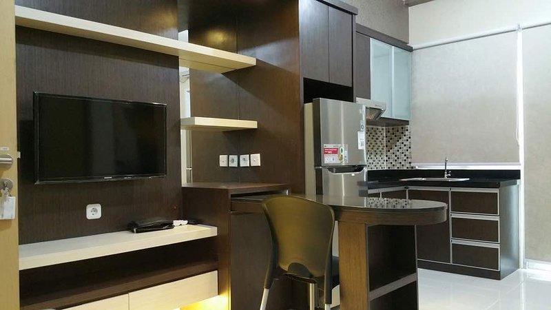 Educity Apartment Family Suite, holiday rental in Surabaya
