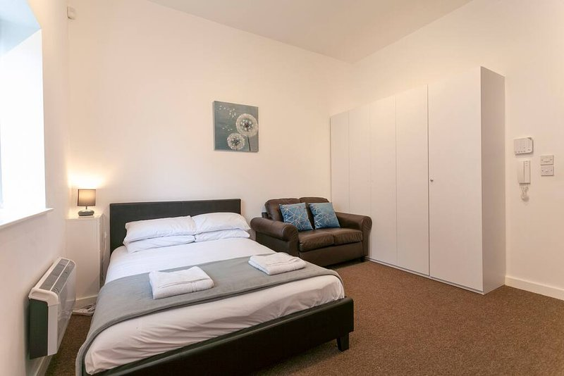 ⭐Giga Serviced Apartments⭐Liverpool⭐New Strand Station ...