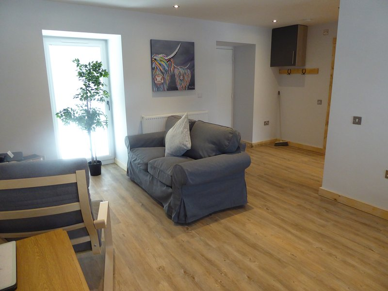 The Stables Lower Cottage 5, holiday rental in Langbank