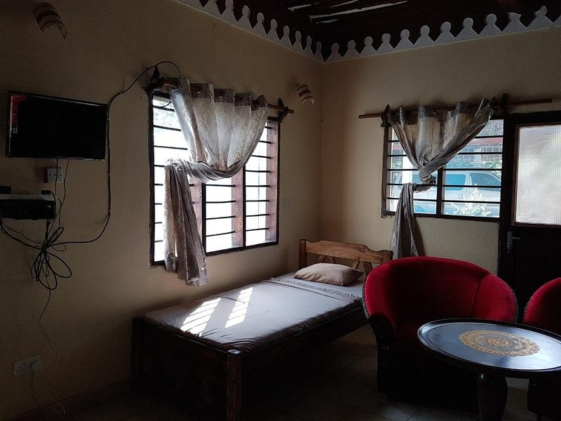 KIVULII VILLAS Triple Room 1, holiday rental in Diani Beach