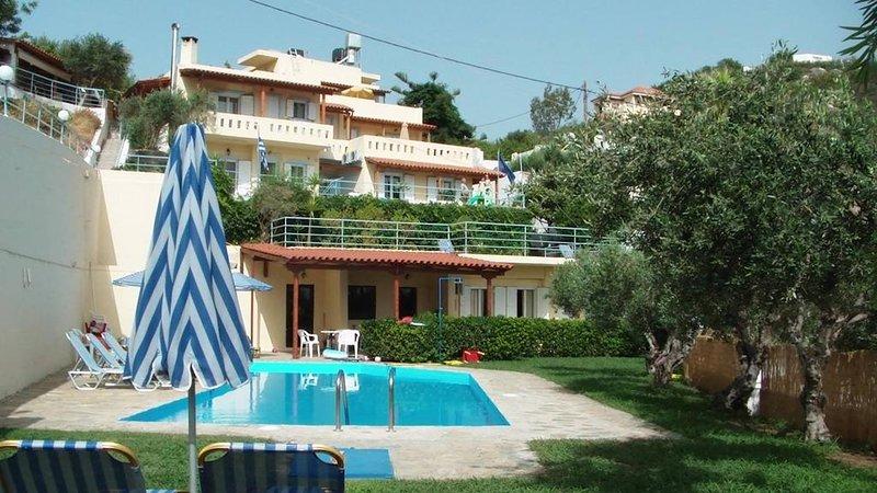 Asimina Apartments, holiday rental in Prina