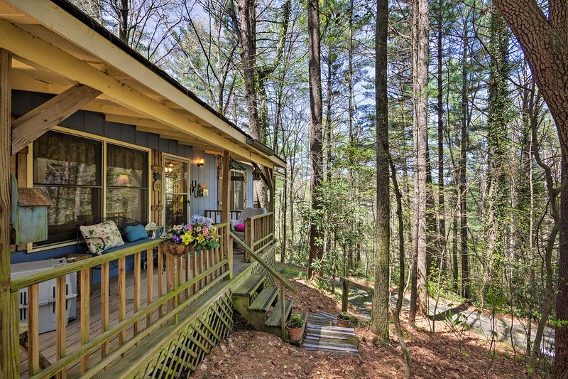 You're sure to fall in love with this mountain cottage!