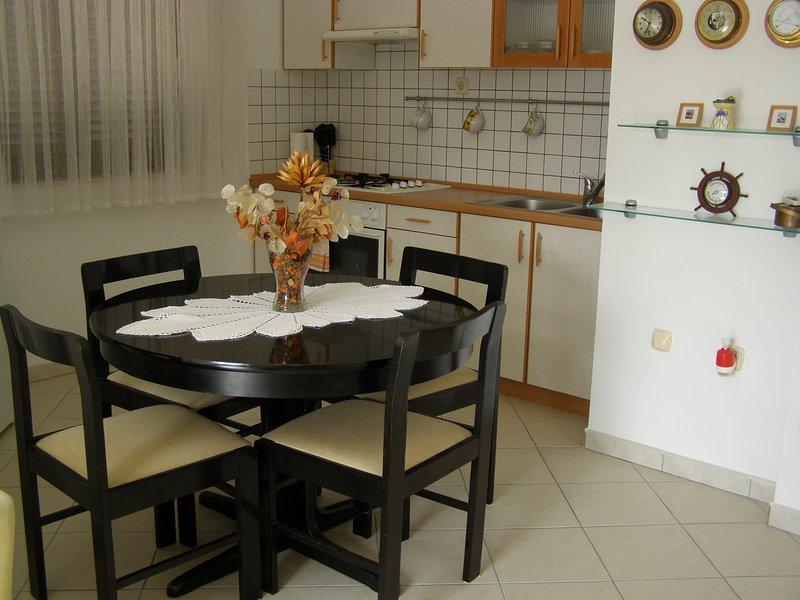 Holiday home 193332 - Holiday apartment 233453, vacation rental in Jadrija