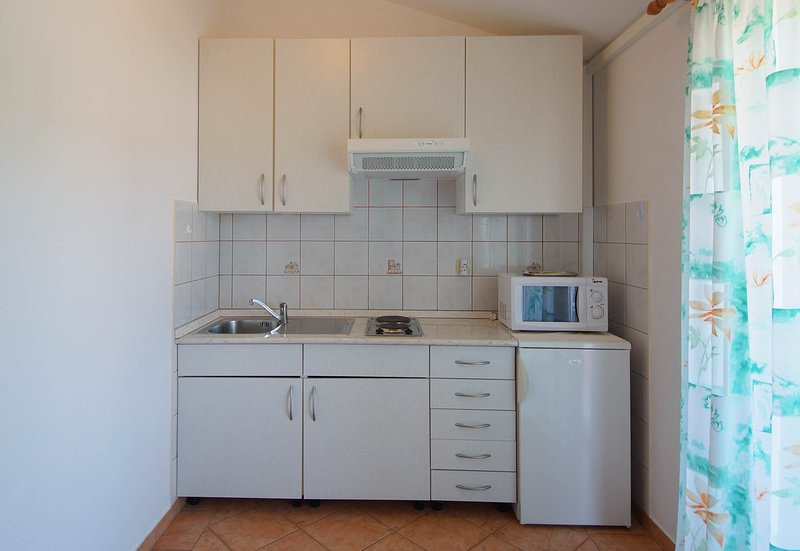 Holiday home 193457 - Holiday apartment 233611, vacation rental in Mundanije