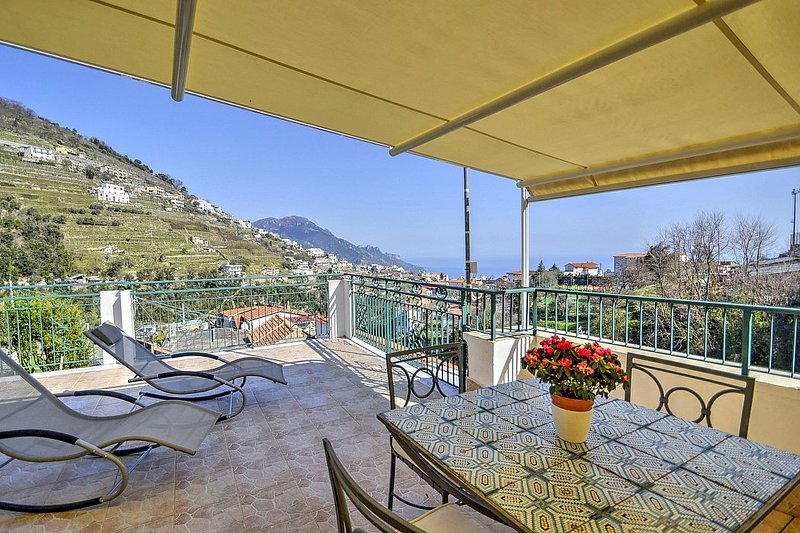 Scala Apartment Sleeps 6 with Air Con - 5787015, vacation rental in Scala