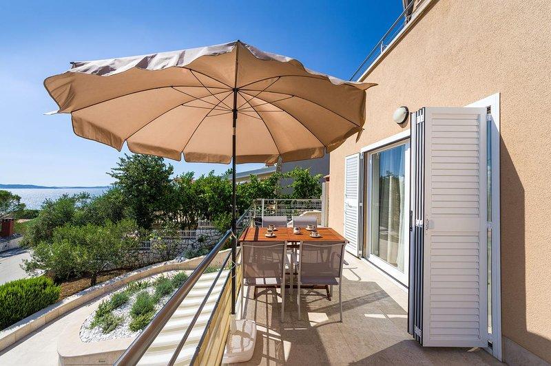 Krmcina Apartment Sleeps 4 with Air Con - 5787941, holiday rental in Sveti Petar na Moru