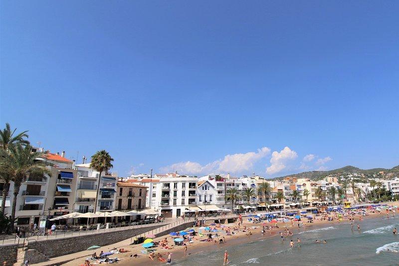 Praia, restaurantes e bares