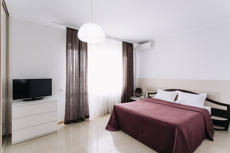 Cosy and comfortable apartment with 1 bedroom in the center, holiday rental in Ialoveni District
