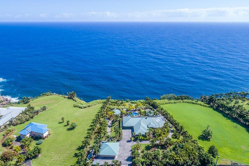 E Komo Mai to Lai Nani Oceanfront Estate Bungalows!