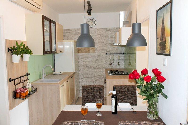 Holiday home 193289 - Holiday apartment 233409, alquiler vacacional en Lukoran