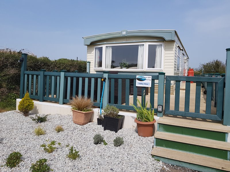 Valley View (Polhawn Self Catering), holiday rental in Rame