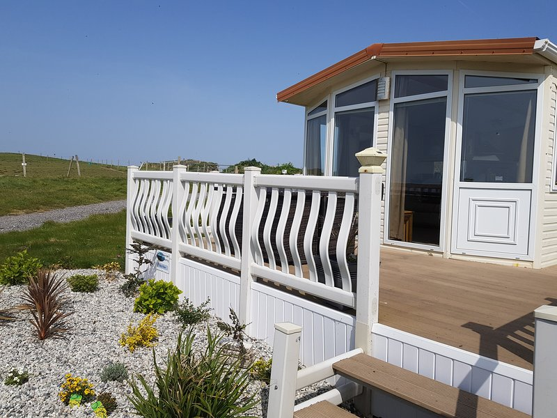 Bay View (Polhawn Self Catering), holiday rental in Rame