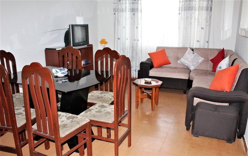 Departamento completo, holiday rental in Los Olivos