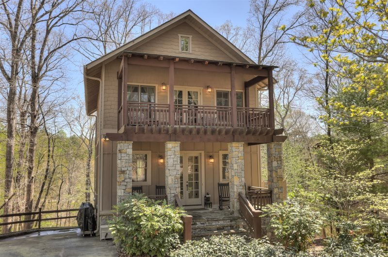 Choctaw Lodge Luxury Rental Home in Big Canoe, holiday rental in Dawsonville