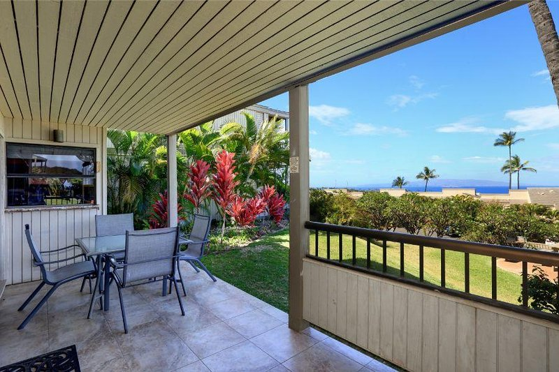Beautiful Wailea Condo Wailea Ekolu # 401, holiday rental in Wailea