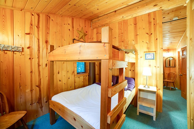 Photo of Snowline Family Cabin #10 - LOG HOME, FIREPLACE, WIFI*, WASHER/DRYER, SLEEPS-8!