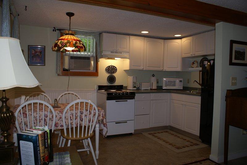 The Belm House Ogunquit , Gaslight Studio Apartment, alquiler de vacaciones en Ogunquit