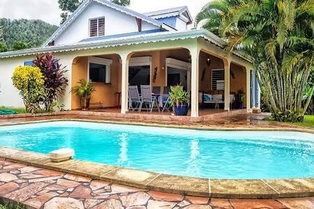 Din villa med privat pool i hjärtat av Basse Terre