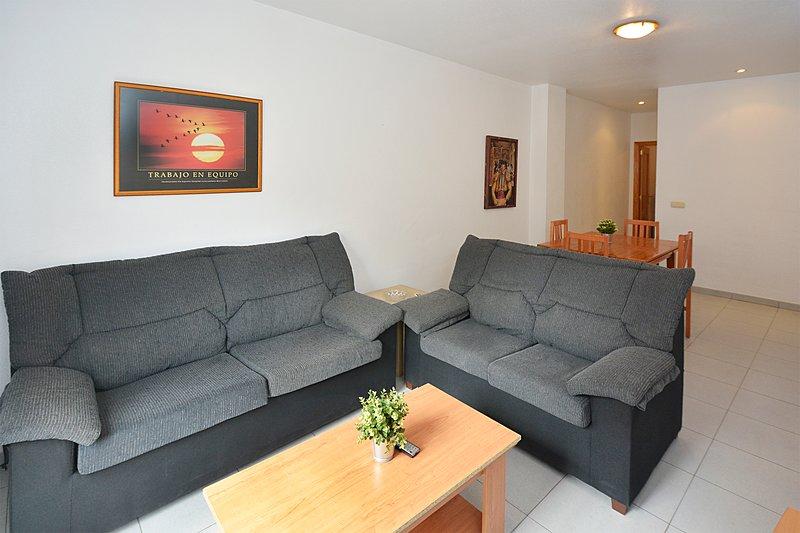 Apartamentos Plaza en el centro de Alicante,UAT425989, aluguéis de temporada em Callosa de Segura