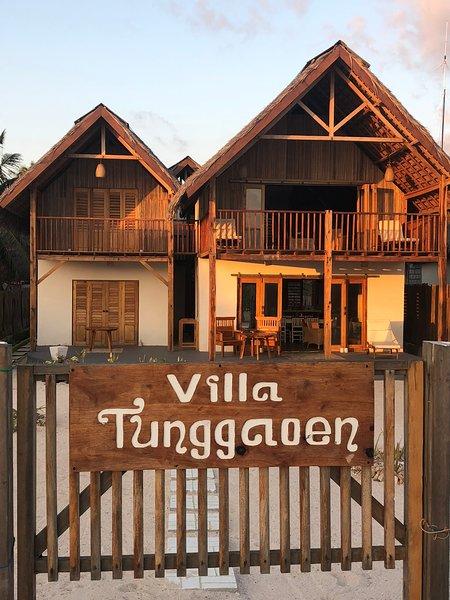 Villa Tunggaoen -  Beachfront villa, holiday rental in East Nusa Tenggara