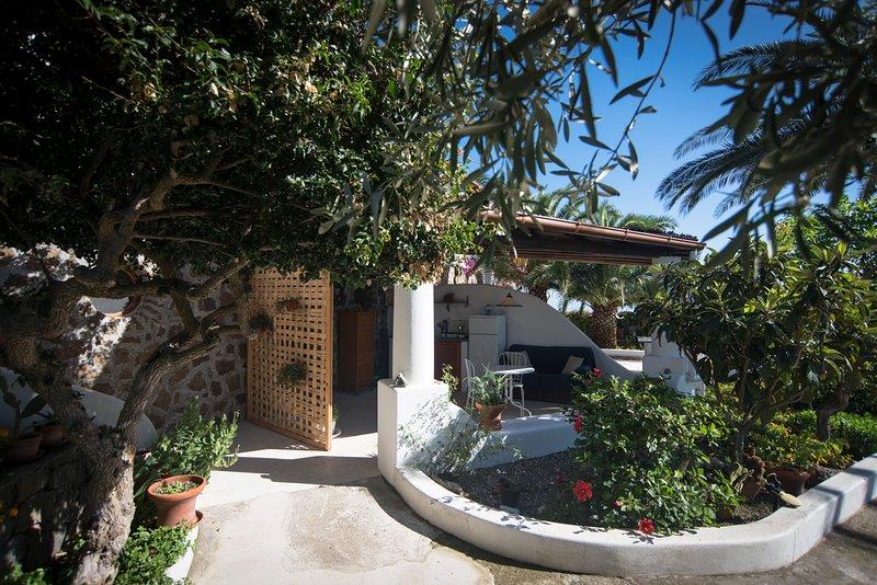 Monolocale Strombli Ponente, holiday rental in Pianoconte