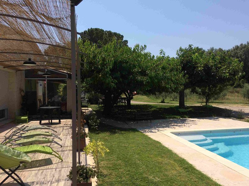 Le Mazet des joncs en Provence, holiday rental in Saint-Pierre de Vassols