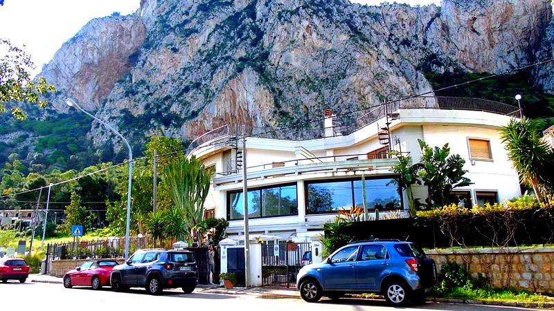 Residenza Don Camillo, holiday rental in Mondello