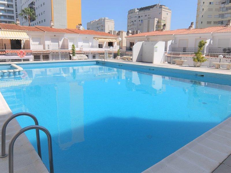 AMERICAS 3 DORMITORIOS - Apartamento Playa de Gandia - ( Solo Familias ), holiday rental in Grau de Gandia