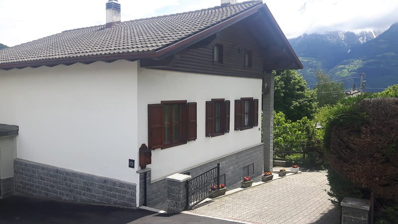 Casa Vacanze Germano, holiday rental in Aosta