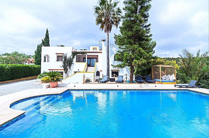 Villa Ca n'Estrella, holiday rental in Sant Rafel