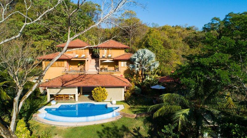 Villa Montemeru, vacation rental in Mal Pais