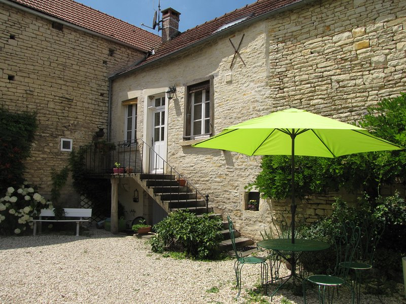 Les Moinillons, vacation rental in Coulmier-le-Sec