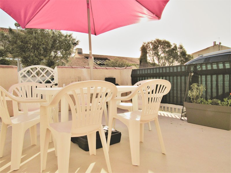 FRONTIGNAN PLAGE T4 tout confort wifi clim, holiday rental in Mireval