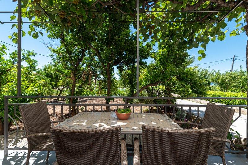 Kiwi, vacation rental in Donji Seget