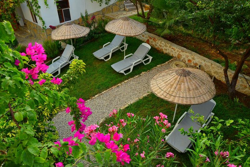 Golden Lighthouse Double Room with Garden View 1, holiday rental in Patara