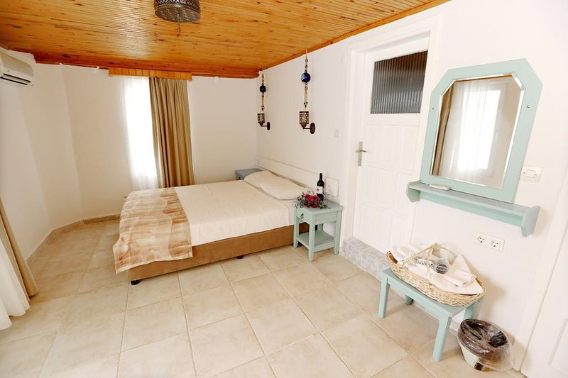 Golden Lighthouse Standard Double or Twin Room 3, casa vacanza a Patara
