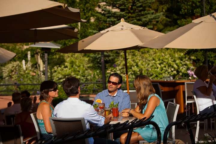 Many Aspen/Snowmass restaurants offer outdoor dining.  Photo courtesy of Aspen Chamber Resort Association, Jeremy Swanson