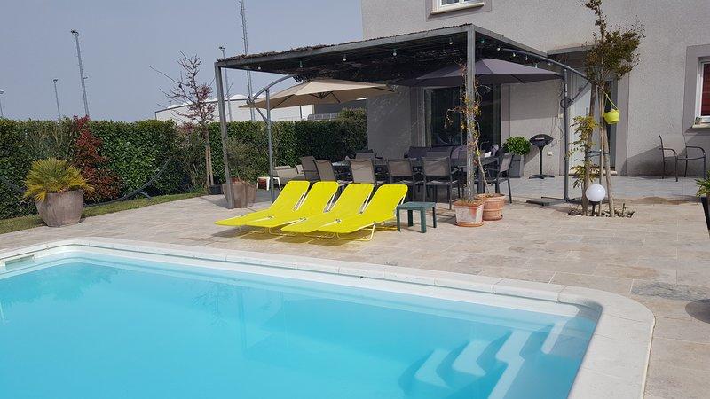 location Villa avec piscine en Provence, vacation rental in Monteux
