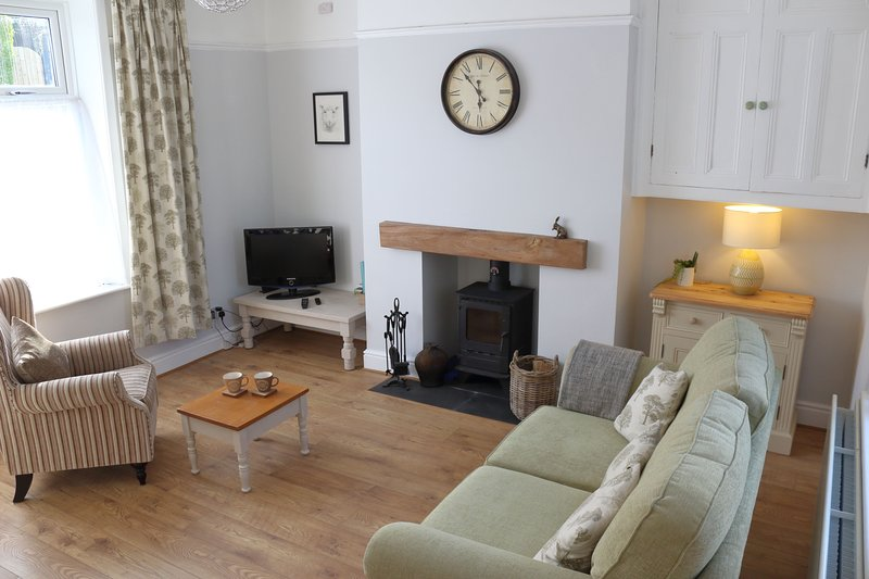 Pickles Cottage, Barnoldswick near Skipton, Yorkshire Dales, Brontë Country..., vacation rental in Thornton-in-Craven