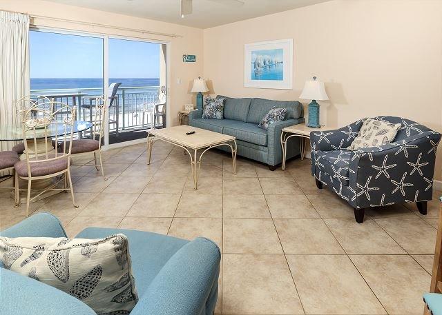 Accogliente zona familiare sul golfo anteriore con pavimento in TILE