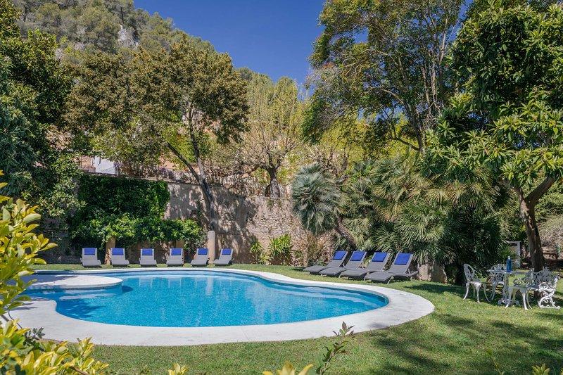 Villa Catalina - Luxury Villa in Sitges, Barcelona, vacation rental in Sitges